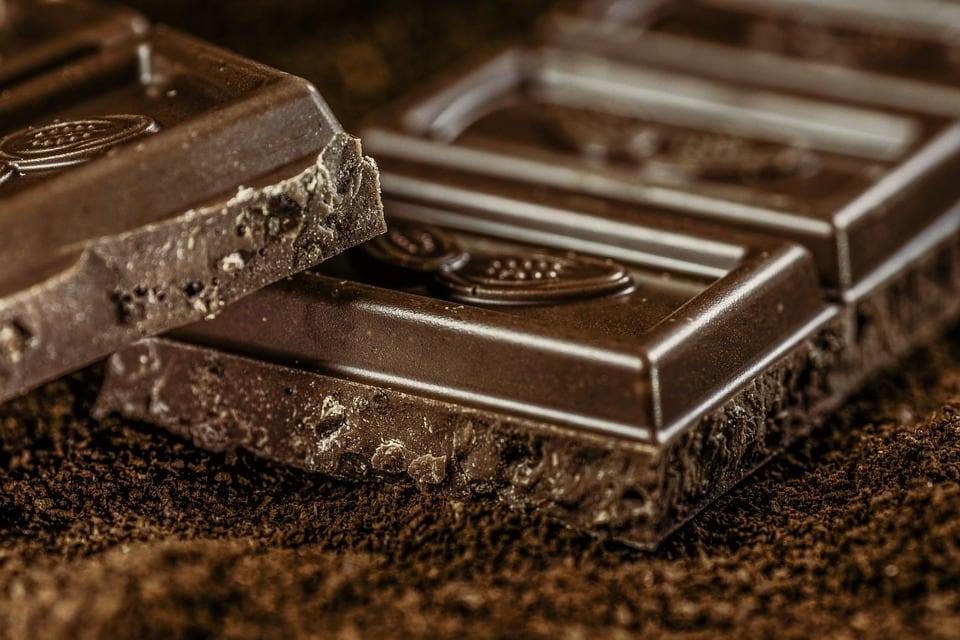 thanh sô cô la đen hương vị thanh